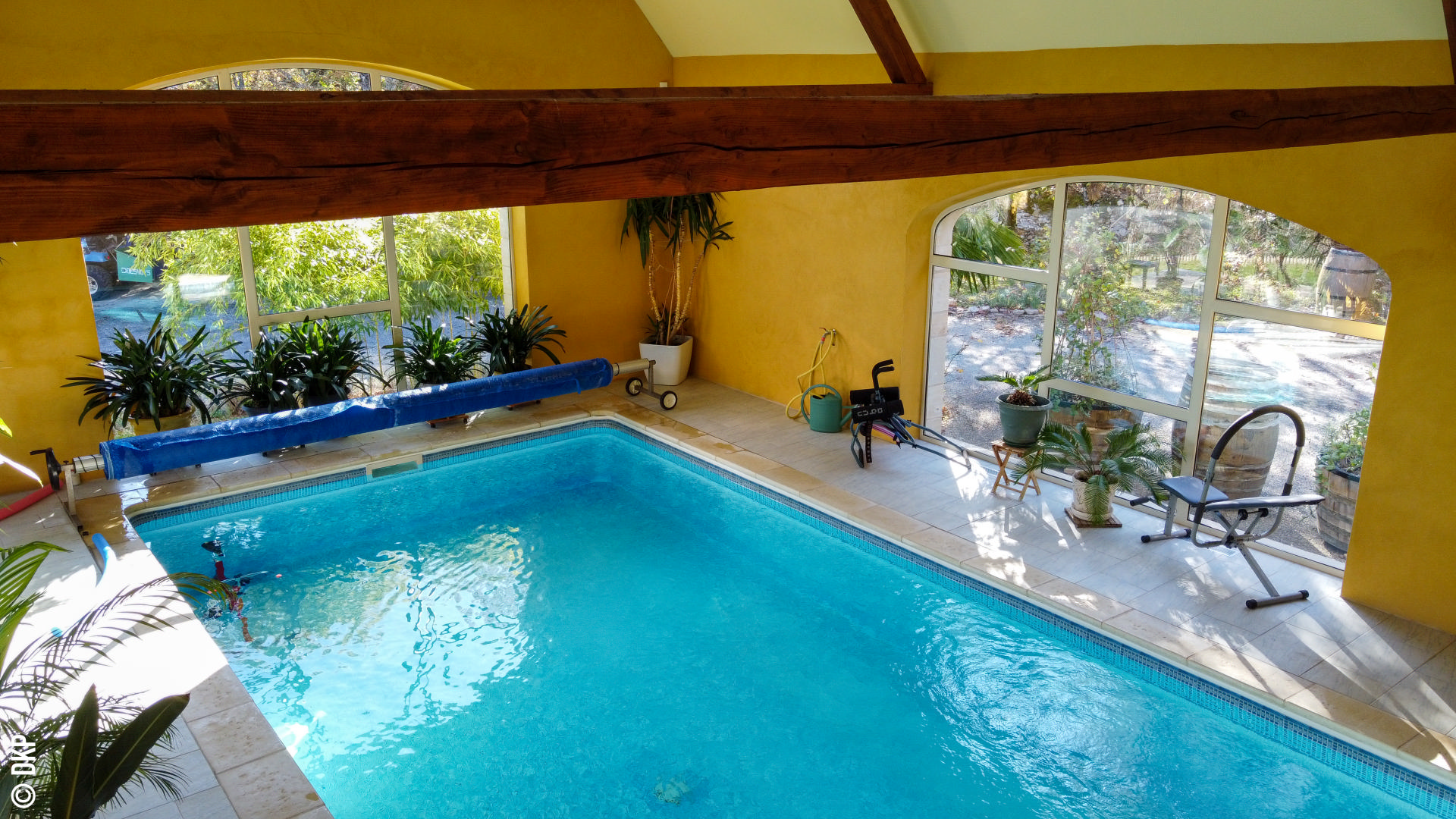 Secteur CAHORS - Situation indépendante et calme pour cette belle et spacieuse propriété de standing avec piscine intégrée sur 5ha37 boisés