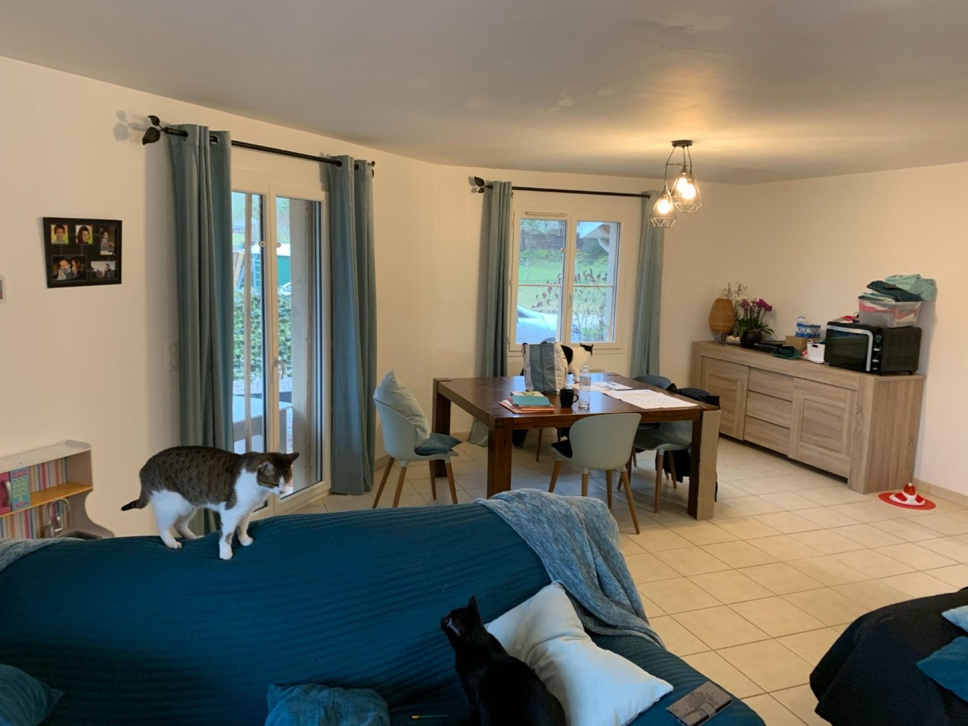 Villa de 2009, 120 m² habitables, 2 984 m² de terrain