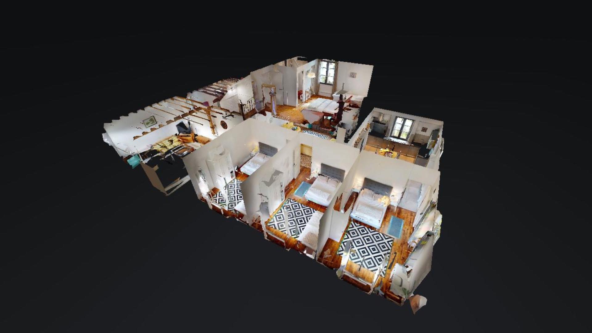 Maison de quatre chambres avec piscine