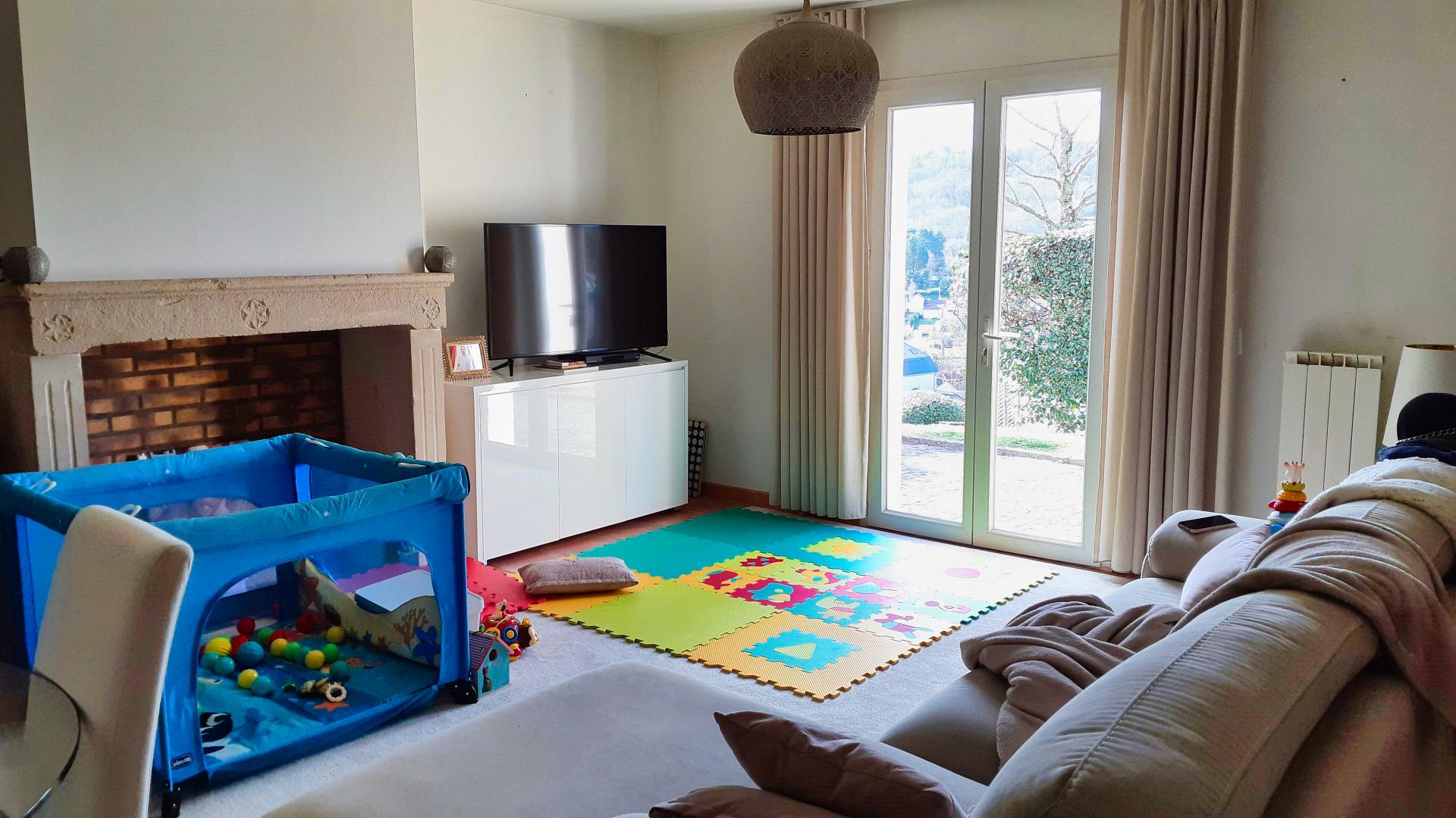 Sarlat- Appartement avec 2 chambres avec piscine chauffée